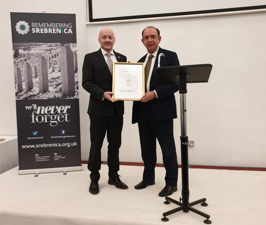Steve Baker receiving the Chairman's Special Award from Lord Bourne